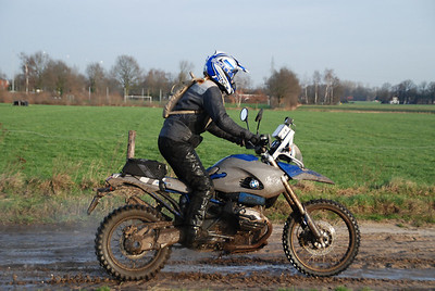 Dutch rider Els is happy with her change from the R1200GS to an HP2!