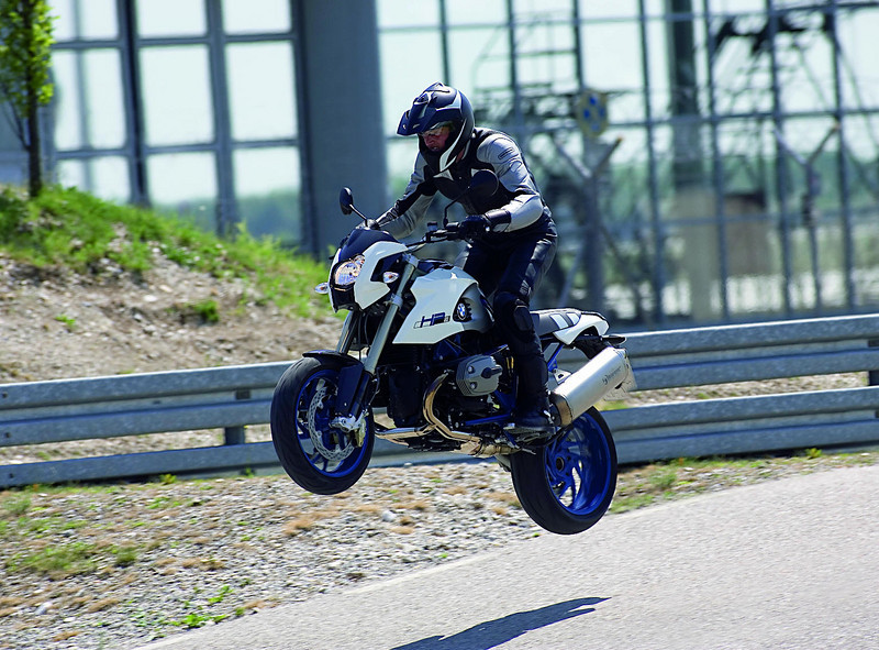 Great shot of an R1200 HP2 in the air! (Embarrassing, can't recall the source of this photo - let me know if you know)