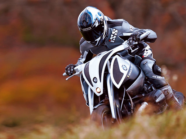 """Beutler BMW Boxer based on an R1150GS (or was it an R1100GS?)<br /> More info:<br />  <a href=""""http://www.fasterandfaster.net/2008/01/bmw-r1150gs-based-beutler-boxer.html"""">http://www.fasterandfaster.net/2008/01/bmw-r1150gs-based-beutler-boxer.html</a>"""