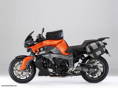2009 BMW K1300R with luggage