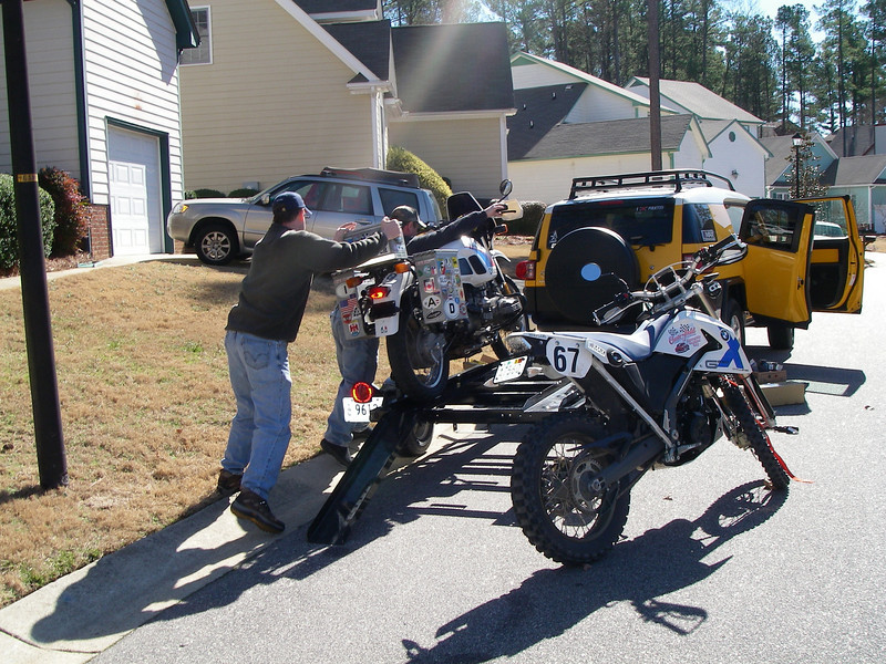 Picking up Rob Nye's new R80GS from JB in NC