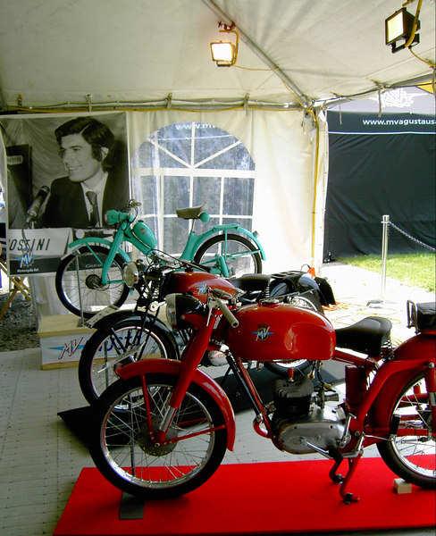 MV Agusta was the featured marque and Giacomo Agostini was the Grand Marshal.  That's a photo of him in his hayday behind those old MV Agustas.