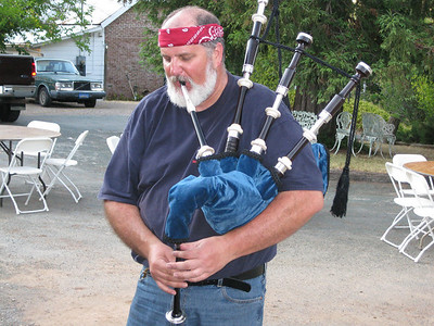 Piper tuning up