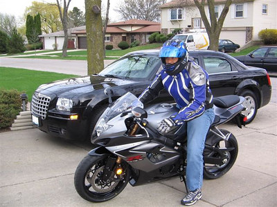Jody on his new gixxer