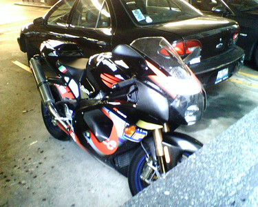 Aprilia Mille R Colin Edwards Replica Ridden to work at the sears tower parking lot