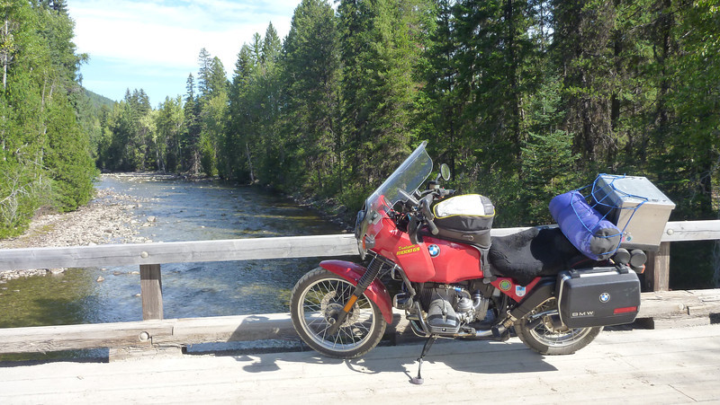 Red Sonja looking into Kettle River on the Christian Valley road
