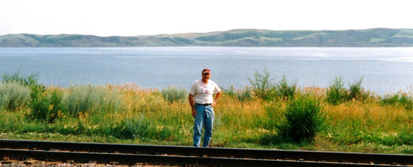 1r,MissouriRiver,Mobridge,SD,july18,2001