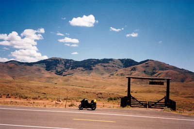 3w,Tom'sDreamRanch,east of Mountain Home,ID,july23,2001