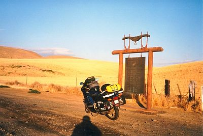 2k,OregonTrail,hwy19,north of Condon,OR,july21,2001