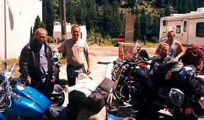 2h,H-Dguys,RoseLake,Idaho,july20,2001