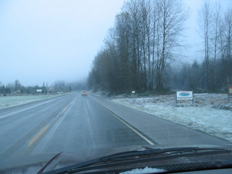 On the way to Reiter on Thanksgiving weekend. Sunday 11/27/05. Its snowing. Its cold. I'm by myself. I'm not meeting anyone up there.