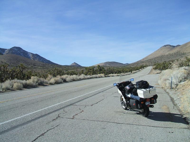 looking west towards WAlker Pass,   198 Between Inyokern and Lake Isabella