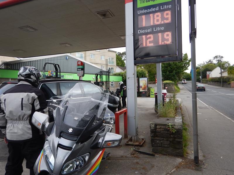 Steve getting Fuel again n Launceston