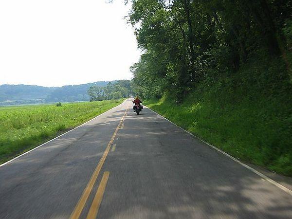 47 - BMW Rider Between The Lines