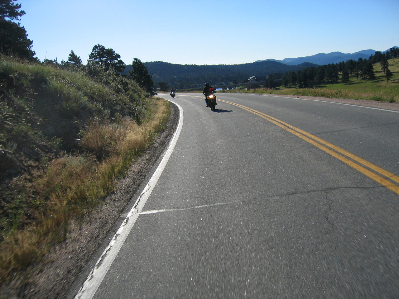 Riders follow us on our way to the first pass: Squaw Pass.