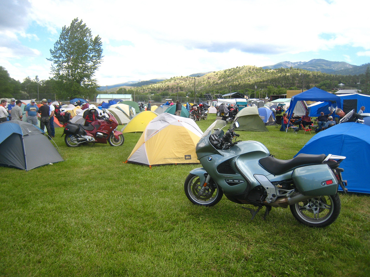 I catch a few sprinkles as I get into John Day.  I find a spot and pitch the tent.  There are about 700 riders here.