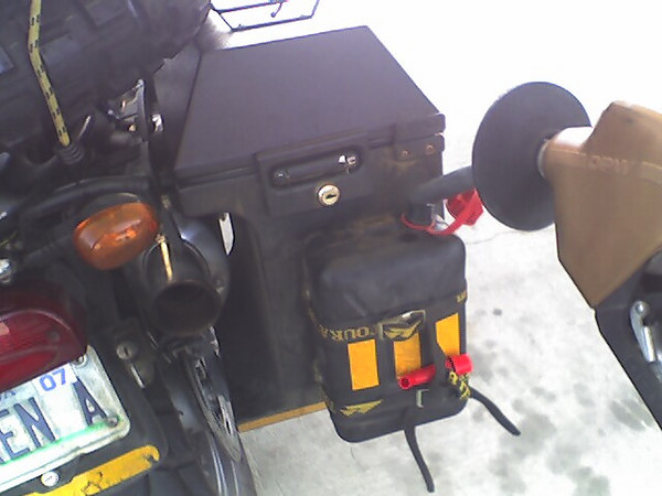 The wind was blowing so hard in Iowa, I miss calculated my gas consumption and ran out of gas, twice... Good thing I have this handy dandy little jerrycan.