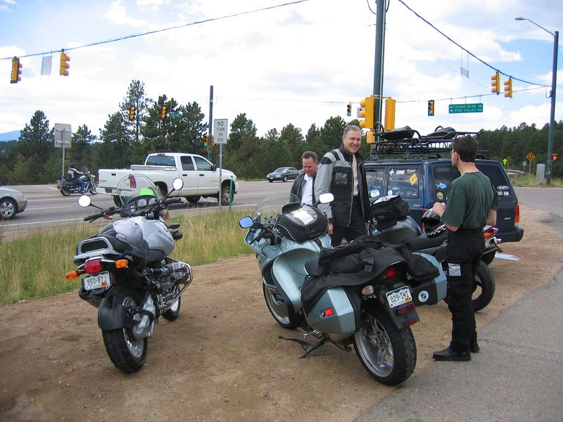 From left to right, Steve, SFarson, and MBohn have a pre-ride chat and get-to-know-each-other session.