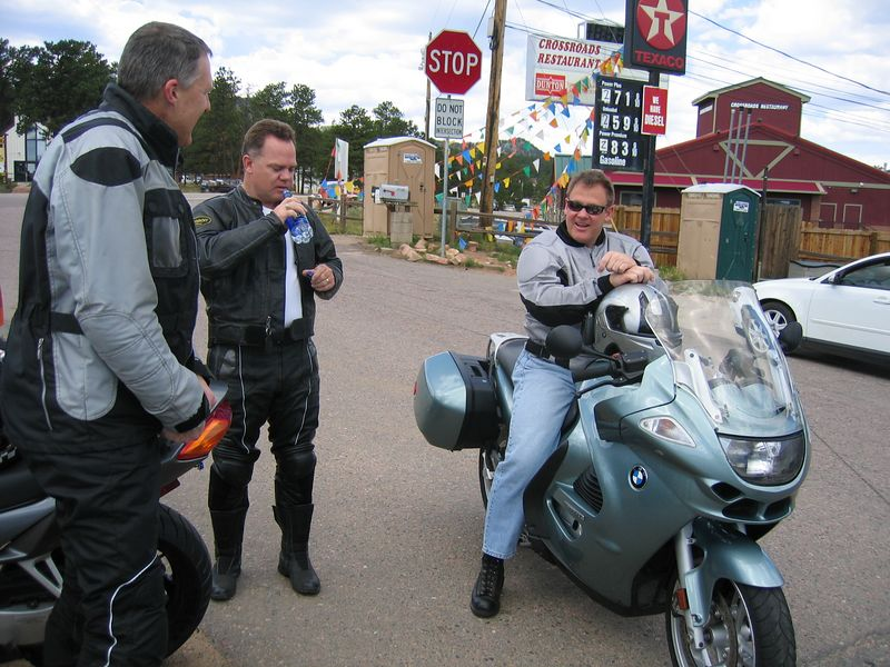 Soon, Terry (Tabasco) shows up on his K-1200GT, which looks almost identical to my K-GT.