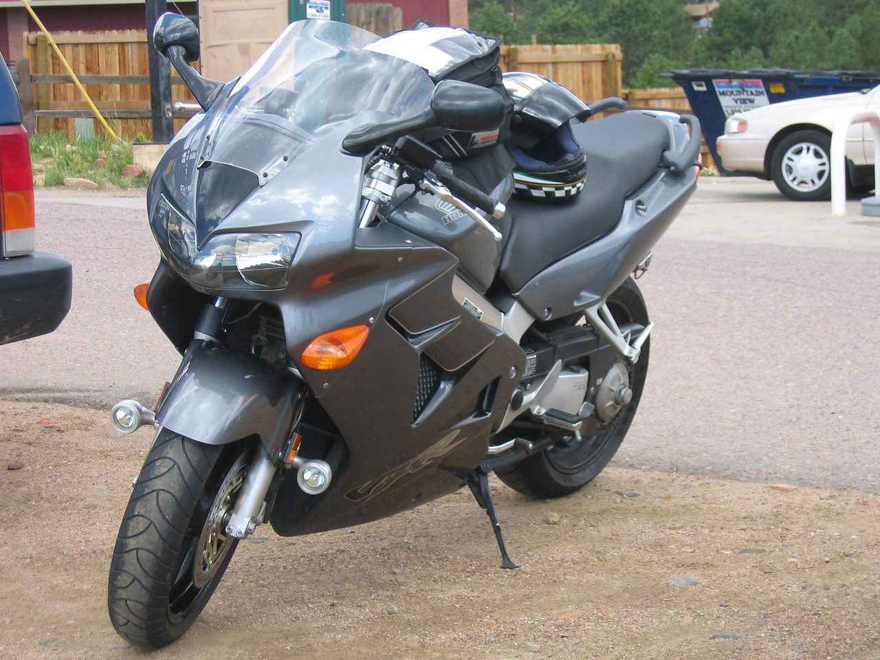 We are quickly joined by Steve (forgot his last name, sorry), on his new-to-him VFR.