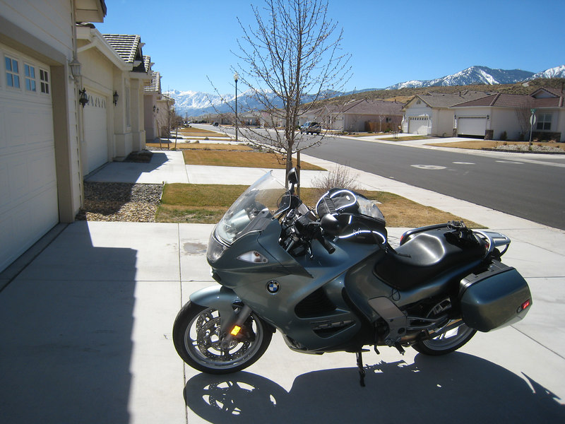 A beautiful warm spring day, with the Sierras in the background, beckon me out for a ride around the lake.