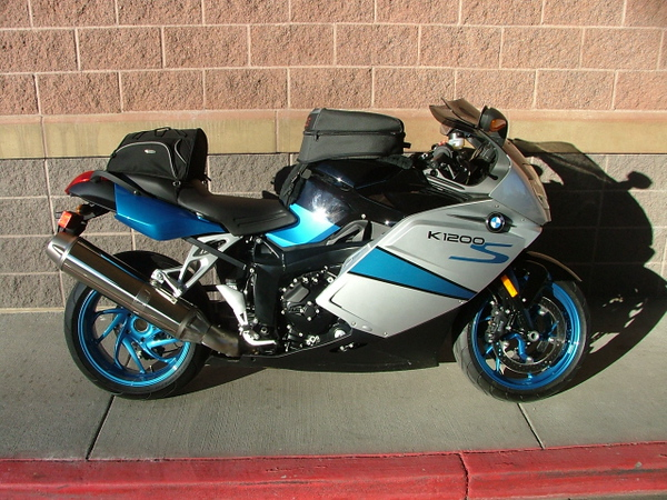 Now this is a K bike. Only 260 of these had this paint scheme.