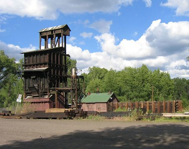 (Click on image to enlarge)  Here's a coal tipple for loading coal into the engine tenders.