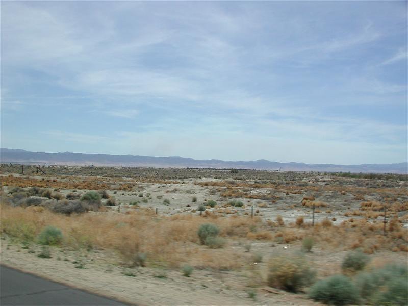 The lovely Mojave Desert on CA138