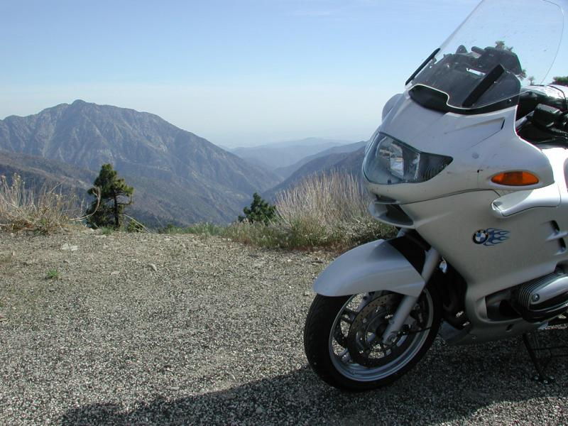 The R1150RT takes it all in stride