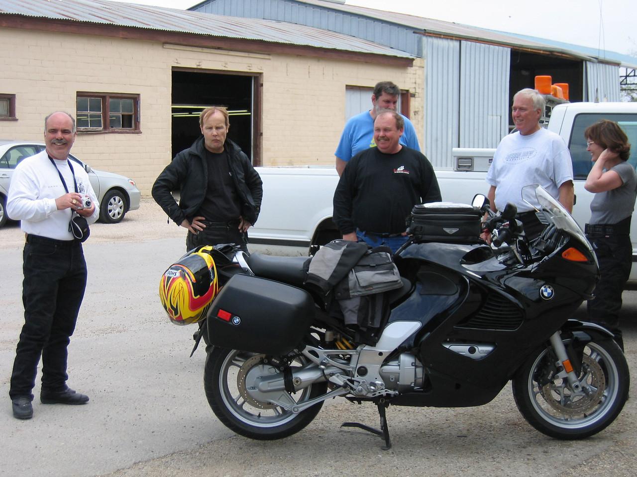 The I-BMW crew.