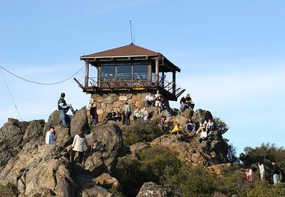 The lookout station on Mt. Tam. Many people out enjoying the amazing day.
