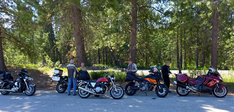 Dick, Mike, Steve, Scotty & Gary ride our favorite roads in Washington and Oregon.