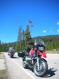 Rest stop on CO 14 approaching Cameron Pass