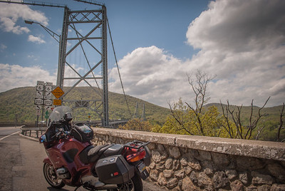 Crossing the Hudson on the Bear Mountain Bridge