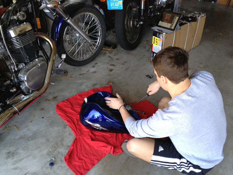 Removing the Fuel Tank