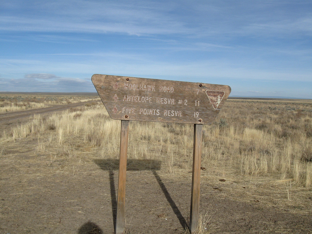 At the intersection of Jackson Creek Rd (continues past this sign), and the road to Anderson Crossing on the Owyhee River