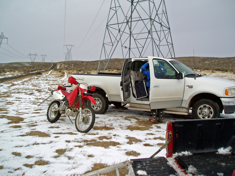 Saddle Mt - Jays truck and XR650R