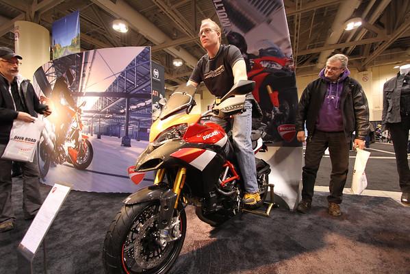 Salon de la moto Toronto 2011