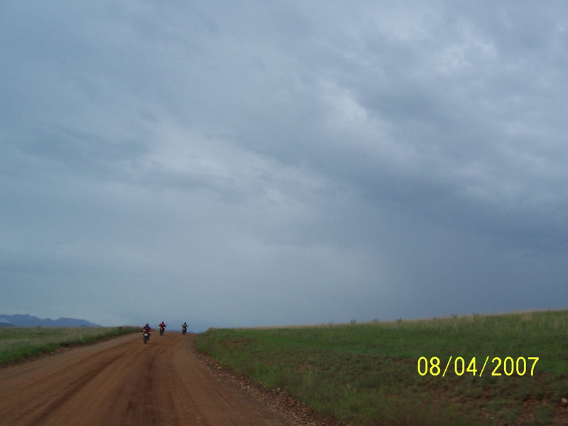 It started to rain as we headed for Sonoita.