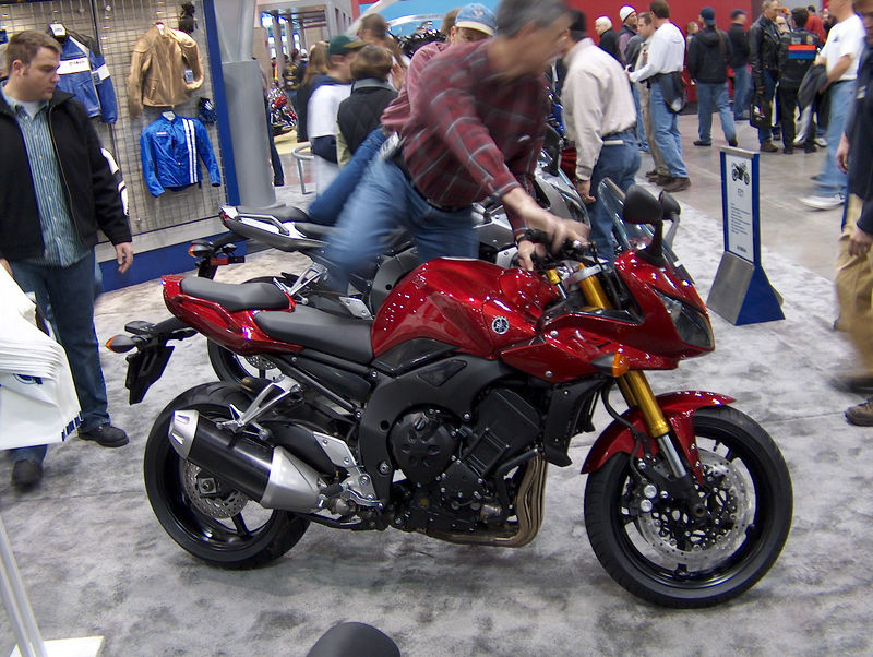 Yamaha's FZ-1.  My friend Leo has an older version of this....a real rocket!