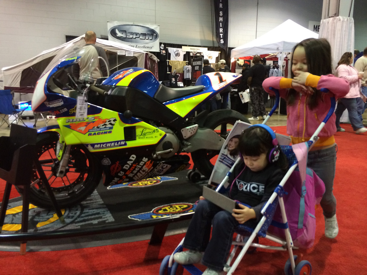 Keira, Chloe and Buell Racing