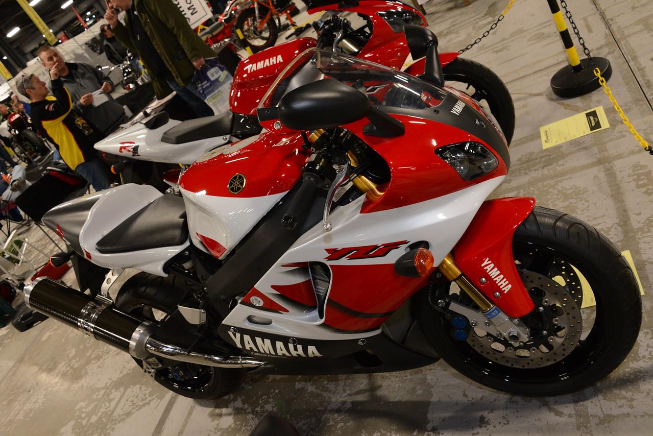 Yamaha YZF R7
