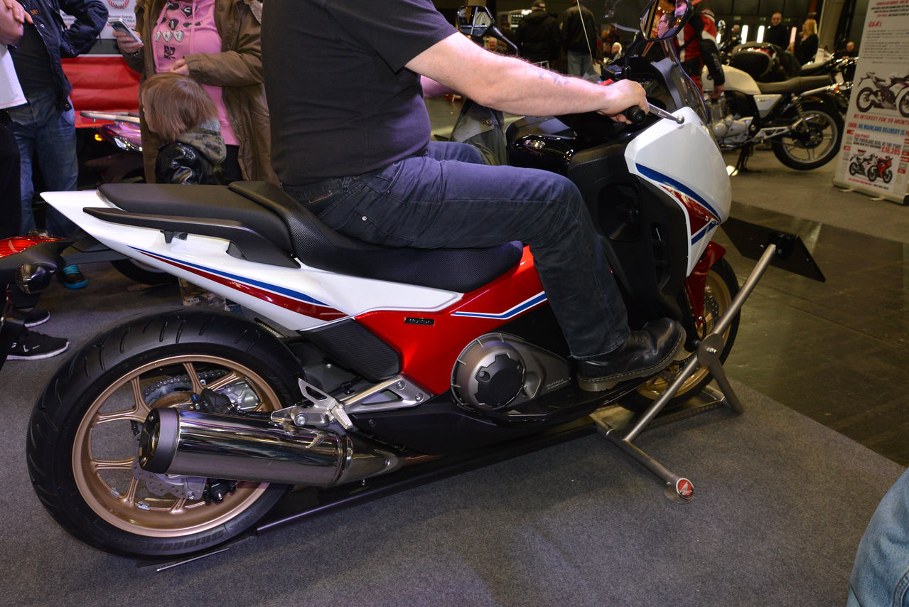 Integra 750 2014 Red White and Blue