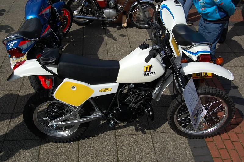 Yamaha IT 465