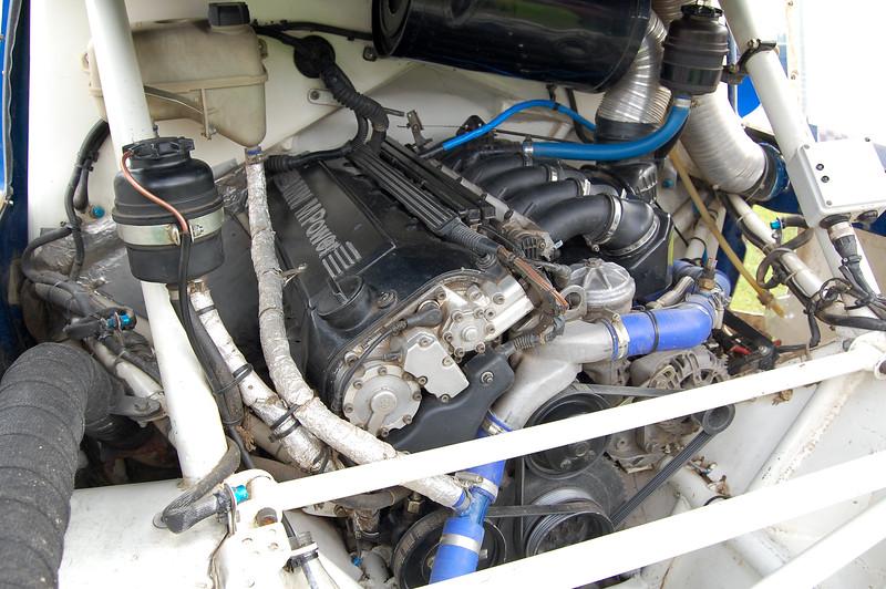 Metro 6r4 engine bay with BMW M3 3.0 Engine