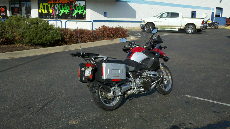 2005 R1200GS purchased to replace the Moto Guzzi as the tug for the Dnepr sidecar