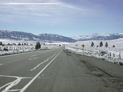 Heading south on 395, days after the first snow of the fall. Close to 7,500 ft Devil's Gate pass.