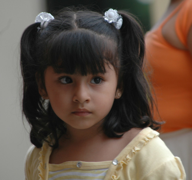 Hermana de Carolyn, la mas pequena de 02 anos, tambien goza de simpatia del publico.