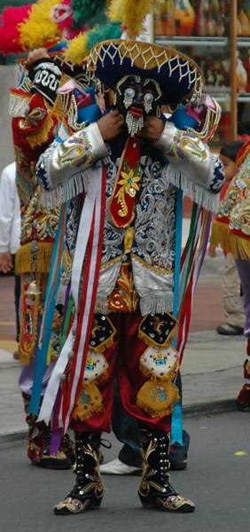 """<a href=""""http://www.webhuanuco.com/negritos/personajes.htm"""">http://www.webhuanuco.com/negritos/personajes.htm</a>"""