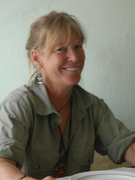 Denise viene desde Canada a descubrir el Ecuador.